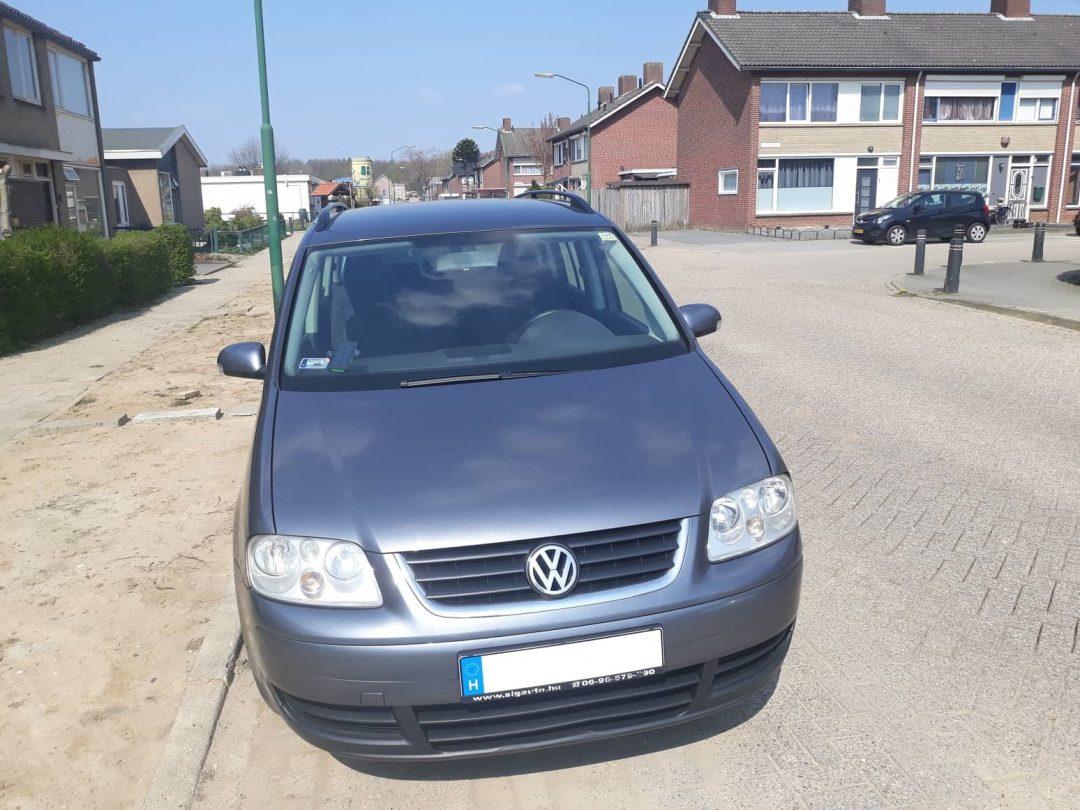 VW Touran 1.9 105le/250NM